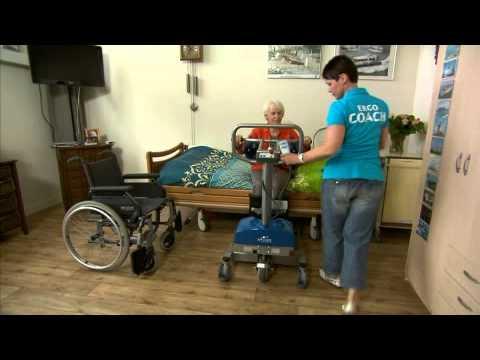 Ergocoach  film: met stalift van bed naar rolstoel