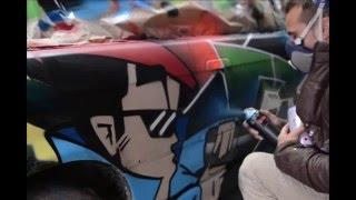 Coche pintado con graffiti por Berok y Emak para Neumáticos Vendrell