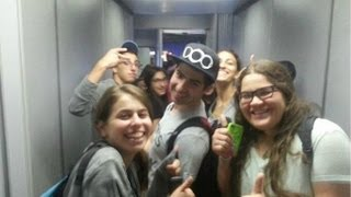 Students kicked off AirTran plane for being unruly airline passengers