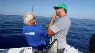 Fish Mavericks Jerry catchs the Bet winning Tuna