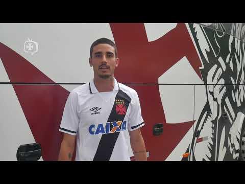Bandeira do Flamengo em camisa gera nova crise no Vasco e Conselho ... 4e1ae435e48b7
