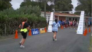 preview picture of video 'Newman Engineering Baylys 2 Dargaville Run/Walk - 9 May 2010'