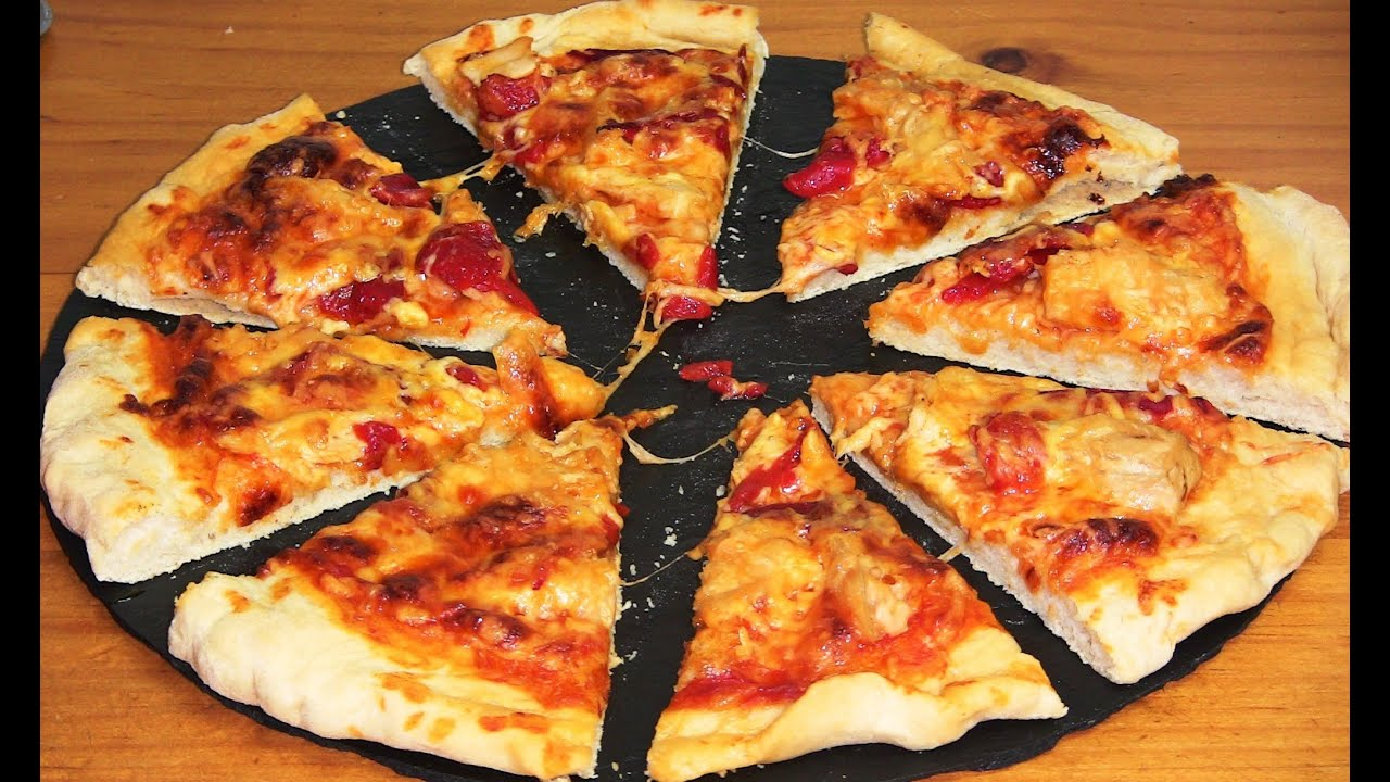 Pizza de atún con pimientos | Javier Romero