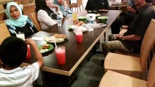 Makan Siang Bersama Pak Atik Jauhari Di Tangcity Mall