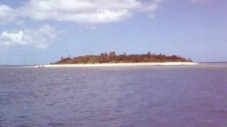 preview picture of video 'Fiji - secluded island'