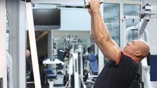 Тяга верхнего блока: тренируем мышцы спины