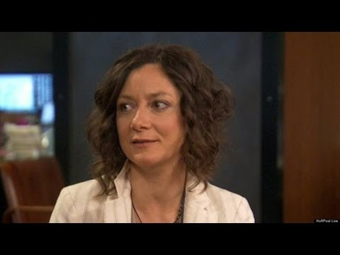 Sara Gilbert: I Don't Remember The Last Season Of 'Roseanne' | HPL