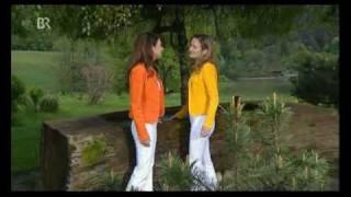 Musik-Video-Miniaturansicht zu Du machst Sehnsucht Songtext von Sigrid und Marina
