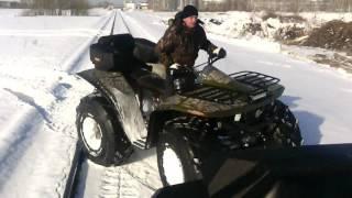 квадроцикл Сокол по снегу на скорости