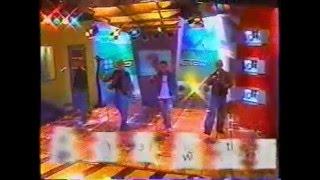 Westlife - When You're Looking Like That (Studio 7 TV Azteca 2001 no Bryan)