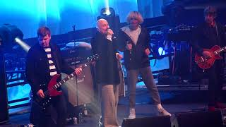 The Charlatans & Tim Booth (James) - North Country Boy - Wembley Arena, London - December 2018