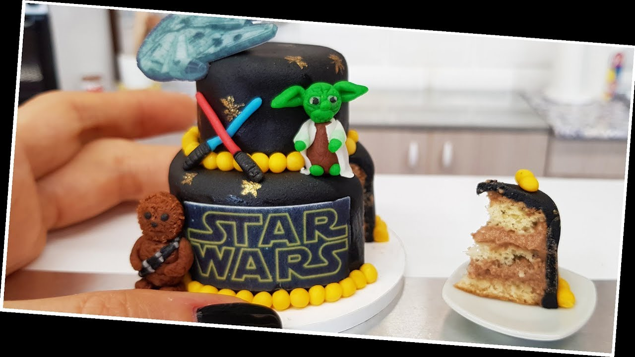 Mini Star Wars cake
