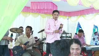 nhac-song-dam-cuoi-hoa-tan-cau-ke-camera-chanh-sang-03-54637-767