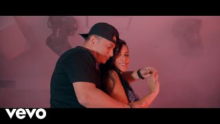 Comerte a Besos - Claudia Mena feat. Yelsid (Video)