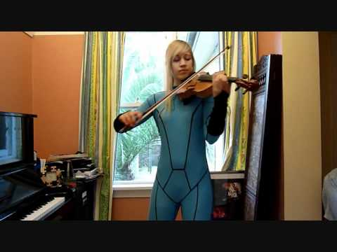 This Skyrim Pianist Not Only Plays, She Cosplays!
