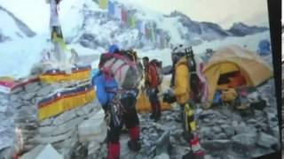 the oldest man to climb Mount Everest.