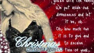 christina aguilera- Christmas time (lyrics)
