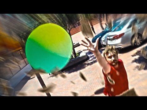hqdefault - Una pelota fuera de control