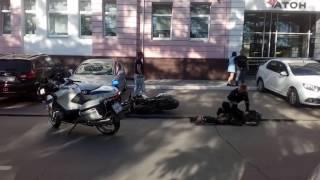 В Екатеринбурге инспекторы ДПС на мотоциклах объявили войну байкера