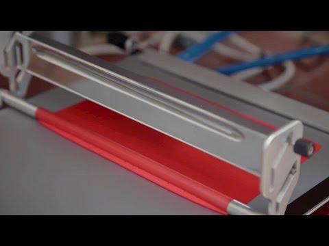 CMC Klebetechnik stellt Klebebänder für die Industrie her, unter anderem hitzebeständige Klebebänder