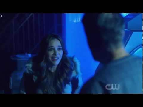Flash Season 5 Episode 6 Caitlin meets her father!!!
