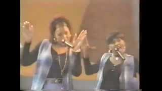 Soul Train 93' Performance - Snoop Dogg - Who Am I (What's My Name)?!