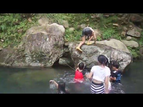 年頃のJSが服着たまま川遊びするからムラムラしてきて・・。
