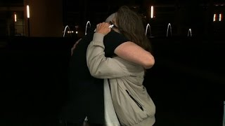 Anderson Cooper embraces mom of Orlando shooting victim