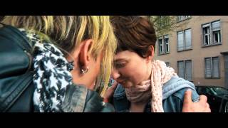 Glück Film Trailer