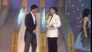 1983 總選: 陳百強- 今宵多珍重, 不 (俞琤頒獎)