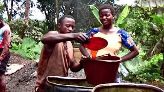preview picture of video '14. 12.09. - 23.11.2009 Rund um Afrika. 29.09.2009 Victoria Limbé II. - Kamerun.'