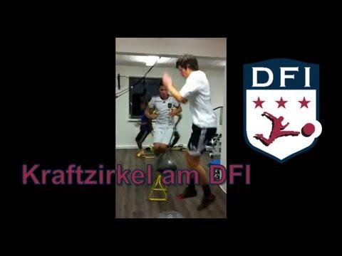 Training Kraftzirkel am Deutschen Fußball Internat