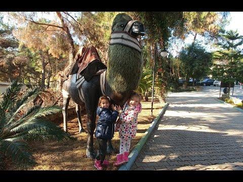 Elif ve melisa parkta,zıpzıp oyun alanı ve pıtır palyaço abla ile eğlenceli bir gün