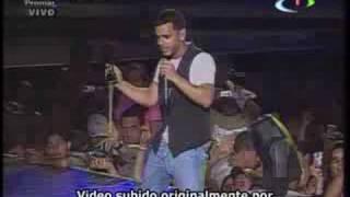 Tito El Bambino - Remix Baila Morena, Felina, Amor De Colegio  ( Barquisimeto Top Festival 2008 )