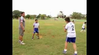 Entrenamiento de futbol para niños