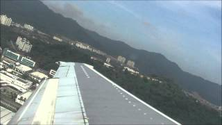 preview picture of video '(HD) Malaysia Airlines 737-400 Take-off, Penang Int Airport'