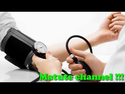 Indicaciones para la hospitalización con hipertensión esencial