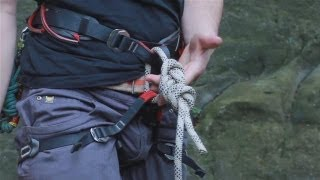 Tutorial on Tying a Figure of 8 Knot