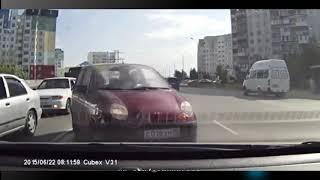 Приколы на дороге! ДТП ГАИ Авто приколы! Бабы за рулем!