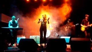 Jillian Rae - Superlungs My Supergirl (Donovan cover)
