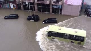 Автобус, который ходит и по городу и по воде