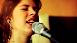 Video Zuzana Mikulcová - Neskoro (v štúdiu 25.1.2013)