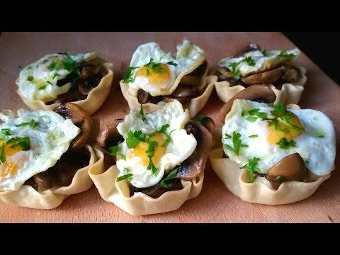 Tartaletas de champiñones con huevo de codorniz