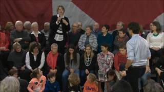WOW!! Ontario Mother Absolutely SLAMS Trudeau!!!