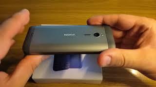 Nokia 230. Телефон, который выпускается с 2015 года.