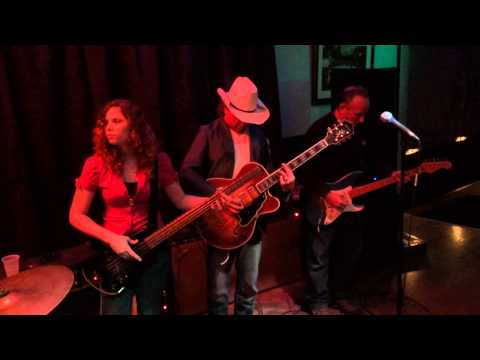Missy Jones playing bass with Hollywood Texas Blues at The Owl Club in Roseville.
