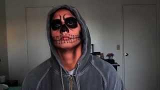 Halloween Men Makeup: Natural Skull