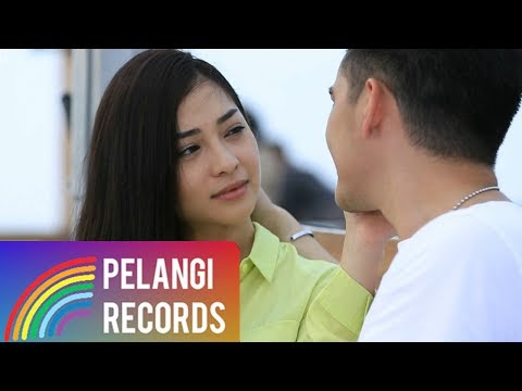 Pop - Nikita Willy - Angin (Dua Wanita Cantik Version) | Soundtrack Dua Wanita Cantik