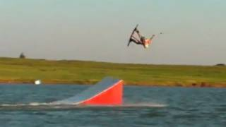 Taylor Kress pro rider - Mute Double Half Cab Roll on wakeboard! | MicBergsma