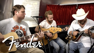 "Trampled By Turtles Perform ""Widower's Heart"" 